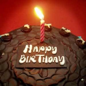 i542.photobucket.com/.../BirthdayCake08lores.jpg